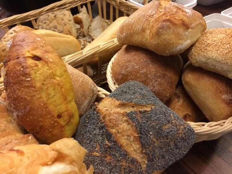 Gerettetes Brot beim Free Café